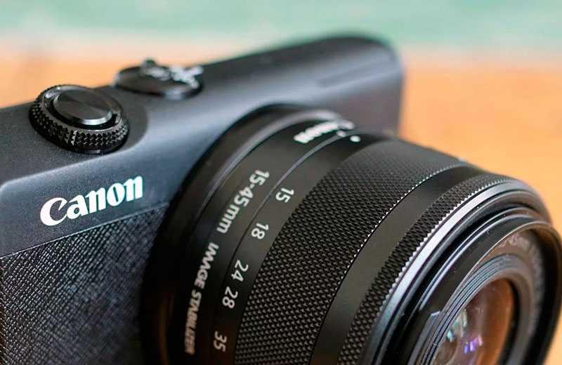Обзор Canon EOS M200