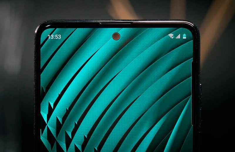 Samsung Galaxy A51 вырез в экране