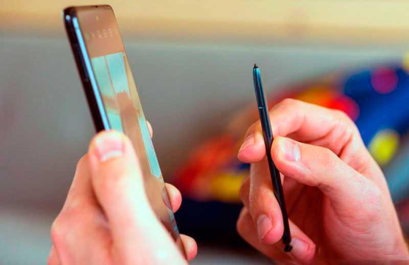 Samsung Galaxy Note 10 Lite стилус