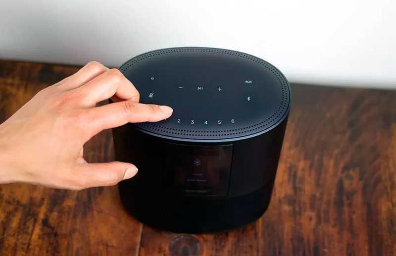 Bose Home Speaker 500 умные функции