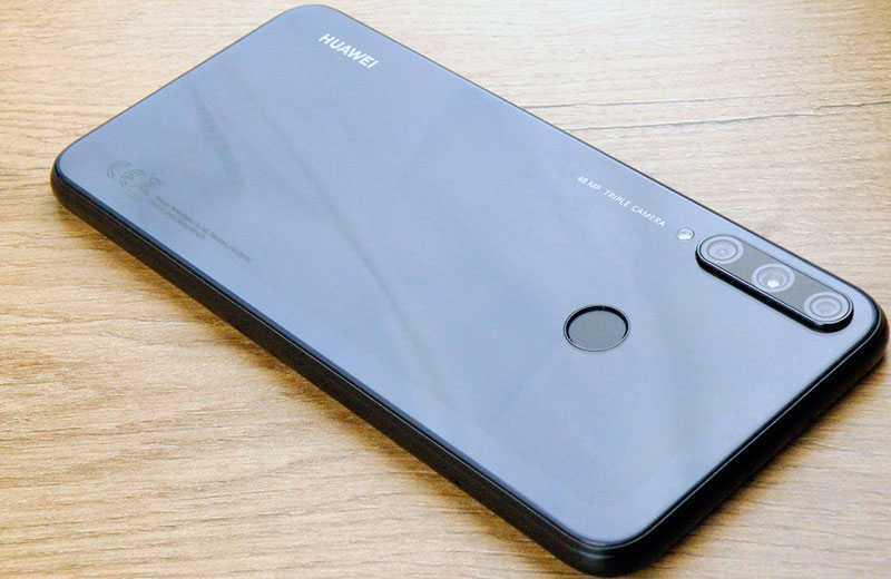 Обзор Huawei P40 Lite E