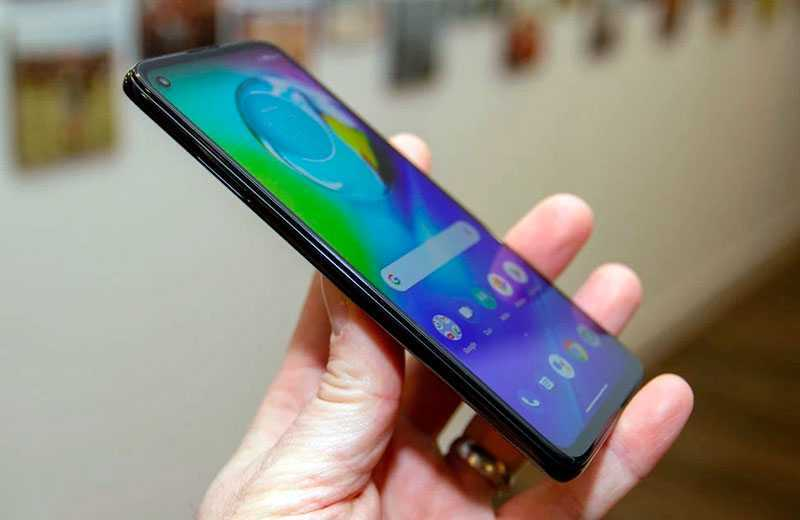 Обзор Motorola G8 Power