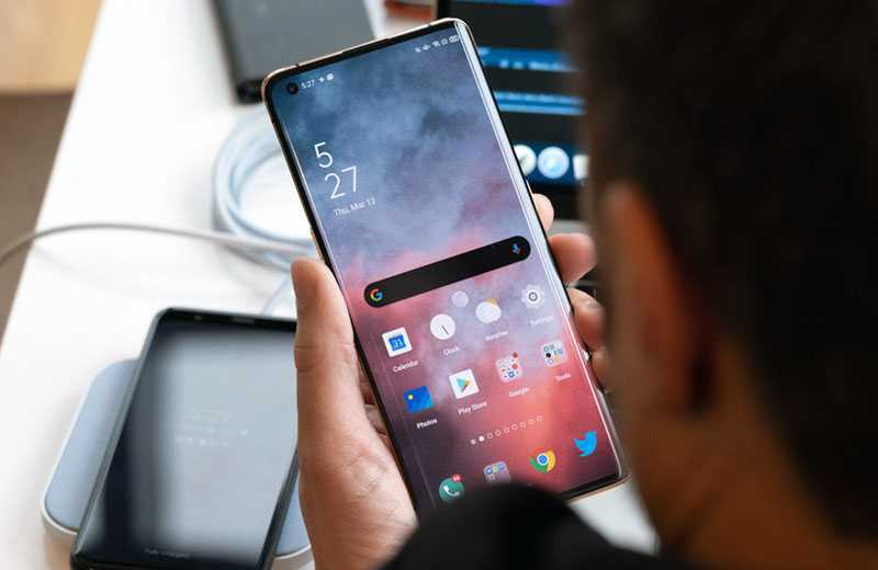 Oppo Find X2 Pro дисплей