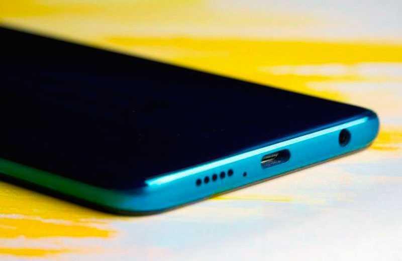 Xiaomi Redmi Note 9 Pro снизу
