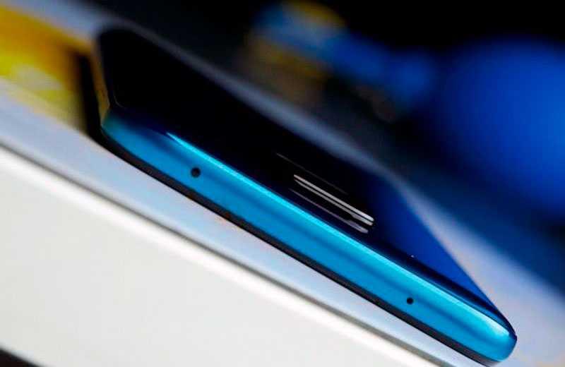 Xiaomi Redmi Note 9 Pro сверху