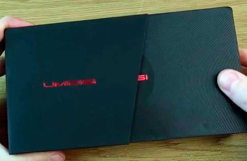 UMIDIGI Power 3 в коробке