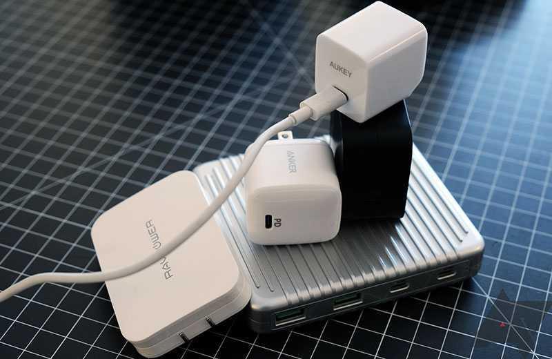 Можно ли подключать к смартфону другое зарядное устройство?