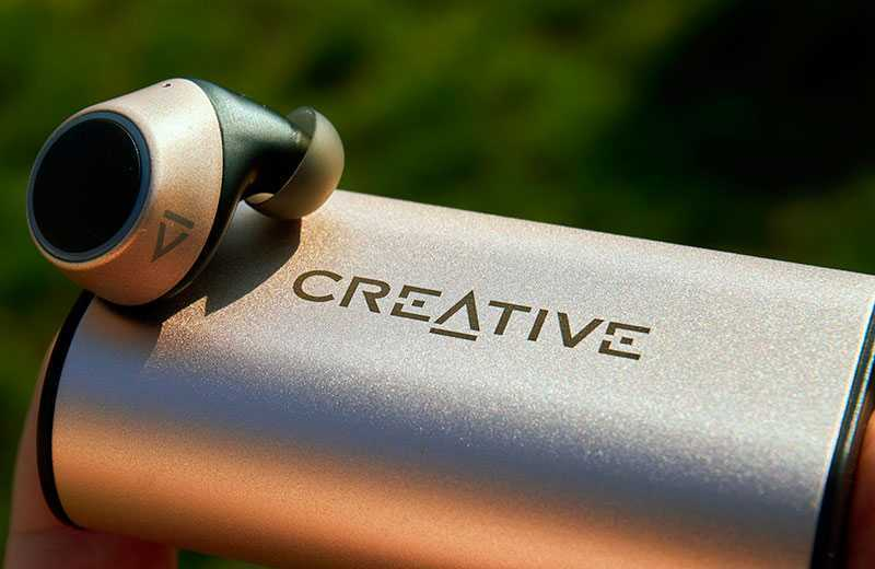 Creative Outlier Gold звук