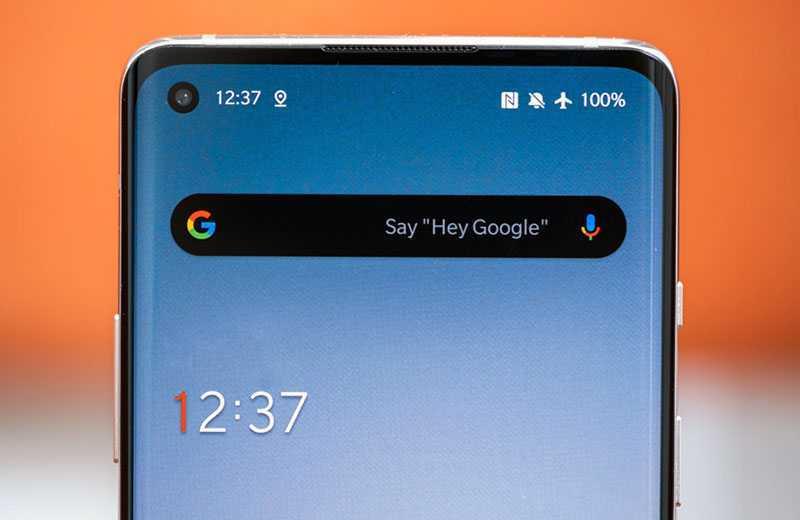 OnePlus 8 дисплей