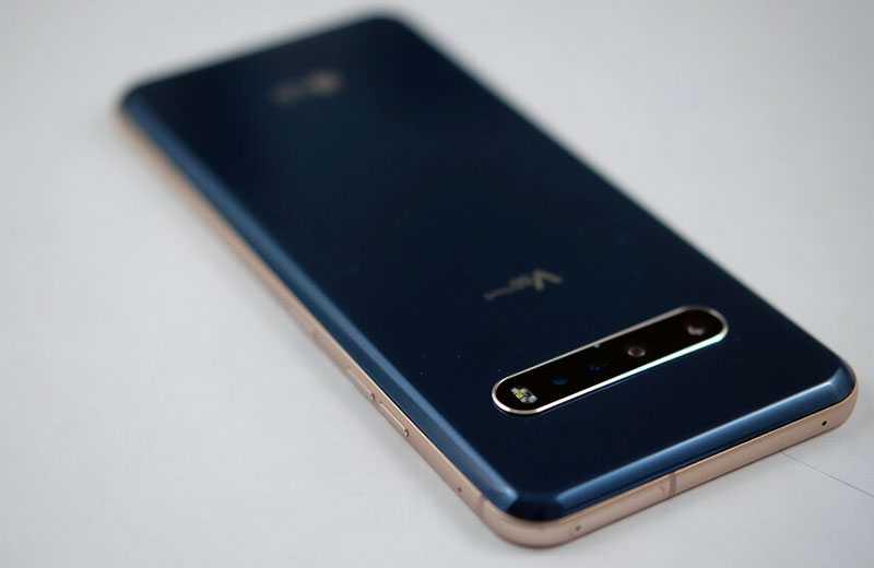 Дизайн LG V60 ThinQ