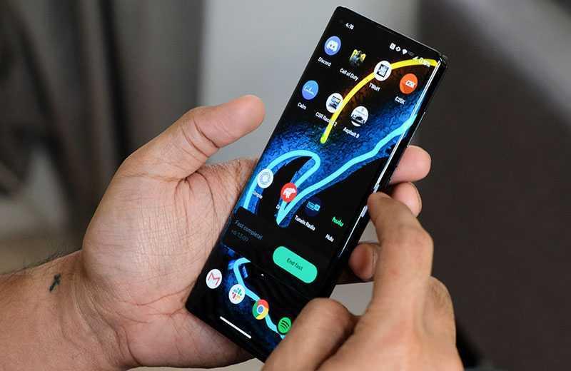 Motorola Edge Plus ОС
