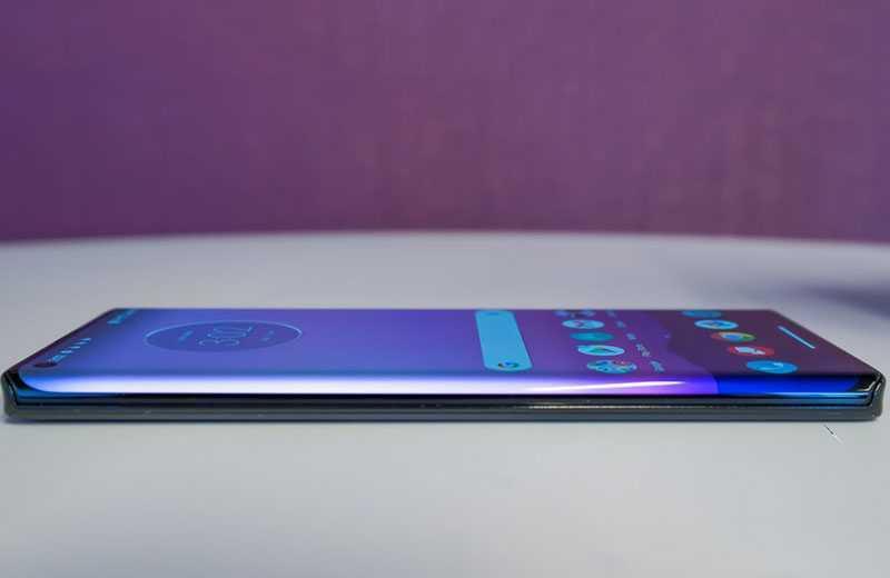 Характеристики Motorola Edge Plus и цены