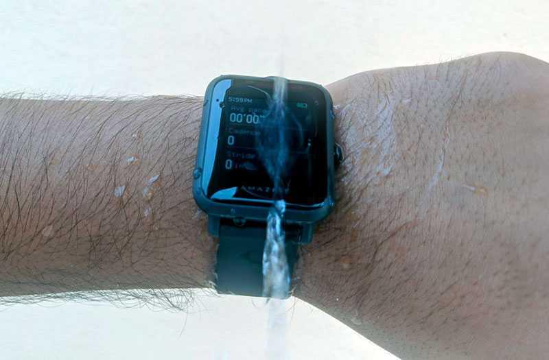 Amazfit Bip S защита от воды