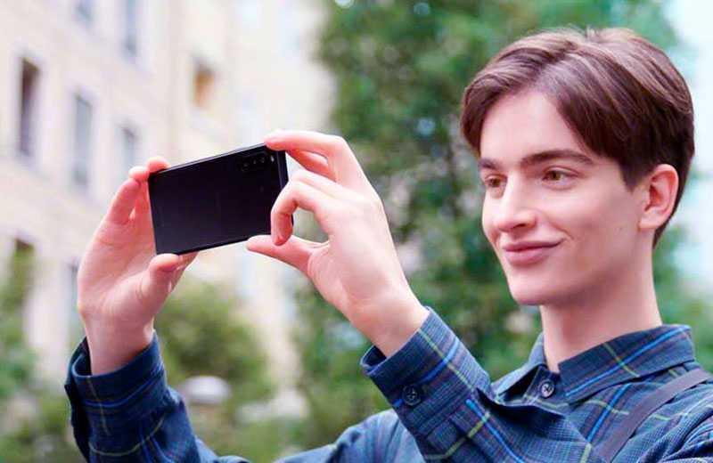 Sony Xperia 10 II отзывы