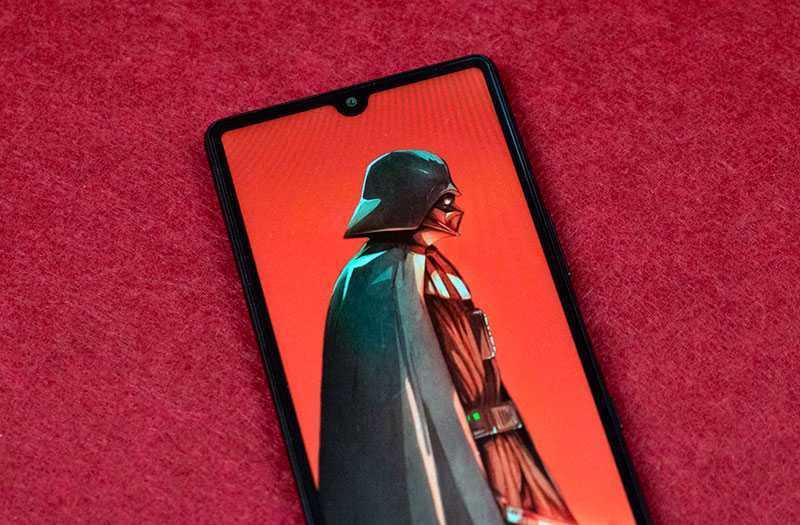 Sony Xperia L4 дисплей