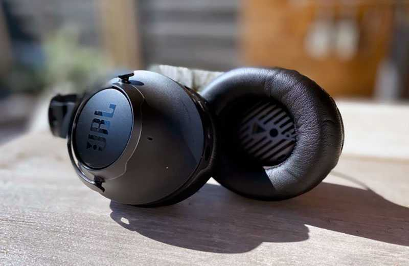 Обзор JBL Club One: дорогие и звучащие наушники — Отзывы TehnObzor