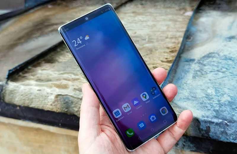 LG Velvet экран