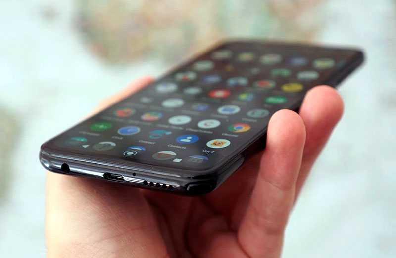 Motorola Moto G Pro снизу