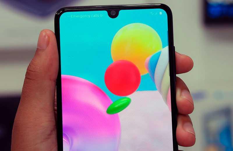 Samsung Galaxy A41 экран