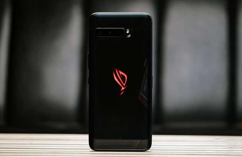 Asus ROG Phone 3 сзади