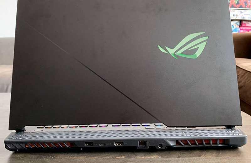 Asus ROG Strix Scar 17 (G732) порты