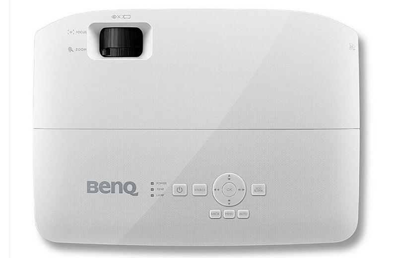 BenQ TH535 дизайн
