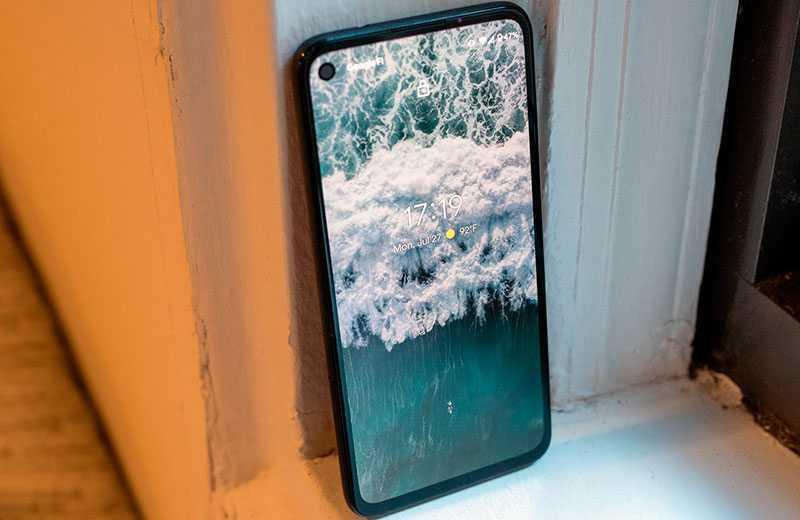 Google Pixel 4a экран