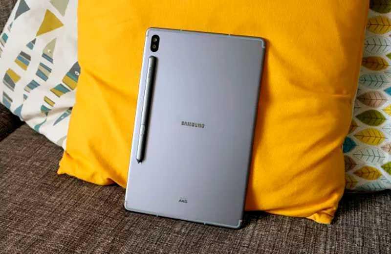 Samsung Galaxy Tab S7 сзади