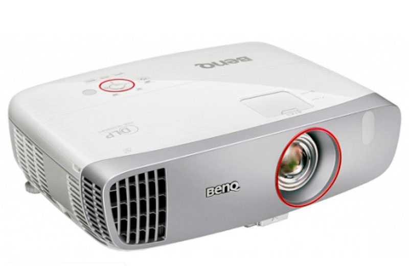 BenQ W1210ST – Доступный проектор для геймеров и любителей кино