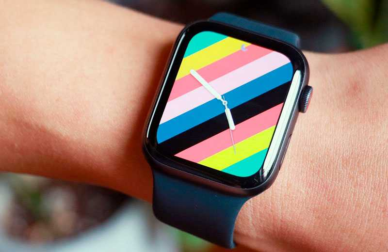 Apple Watch SE экран