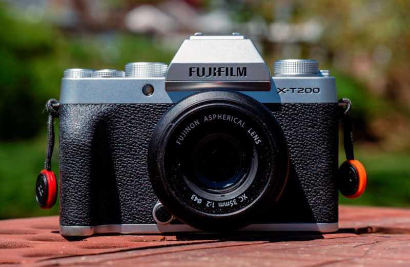 Камера Fujifilm X-T200