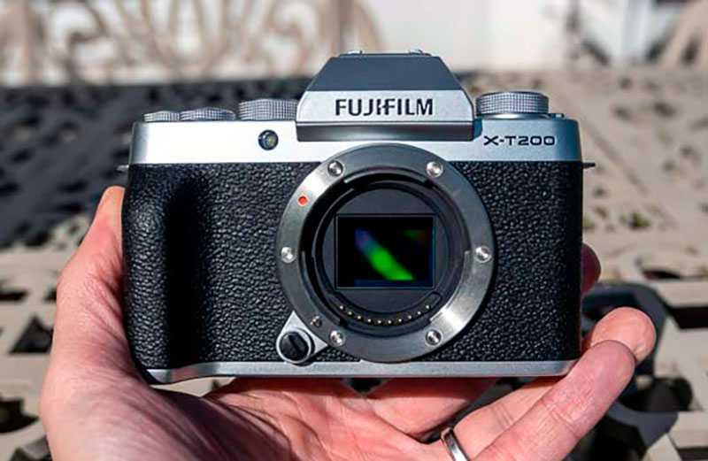 Fujifilm X-T200 на практике