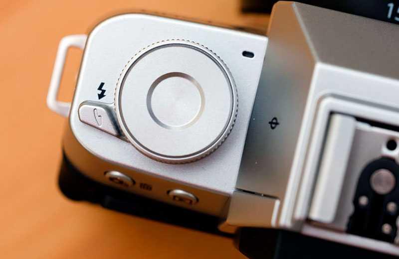 Fujifilm X-T200 управление