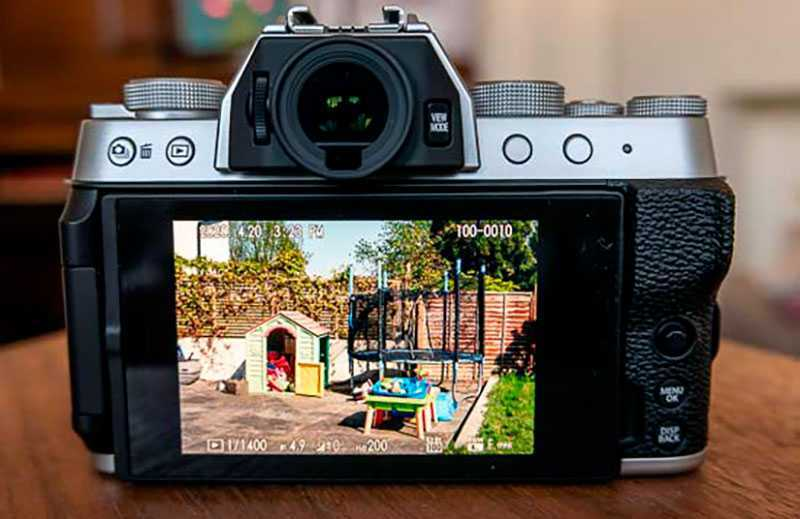 Fujifilm X-T200 дизайн