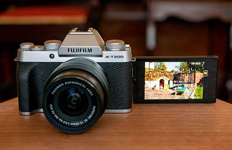 Фотоаппарат Fujifilm X-T200