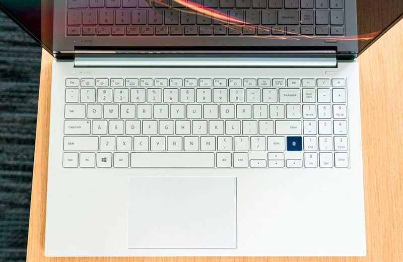 Samsung Galaxy Book Ion клавиатура