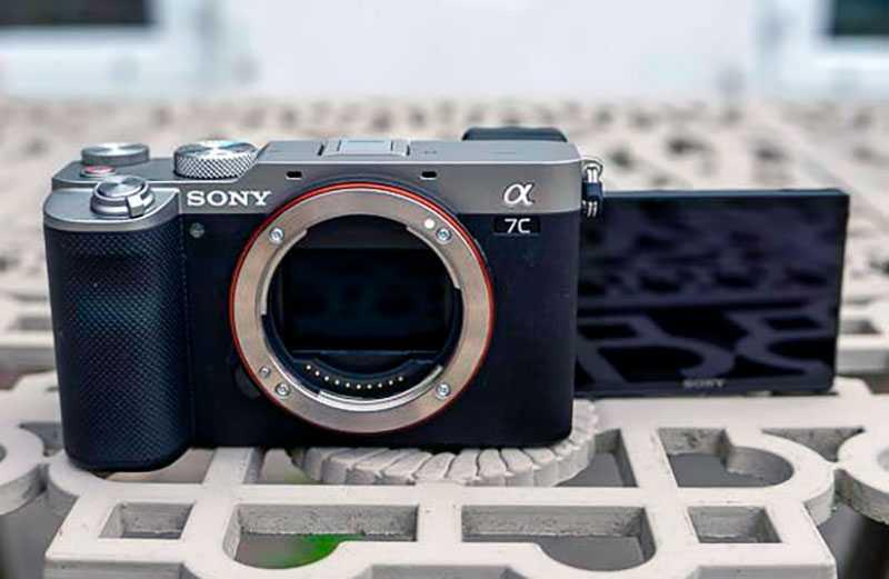 Sony a7C экран