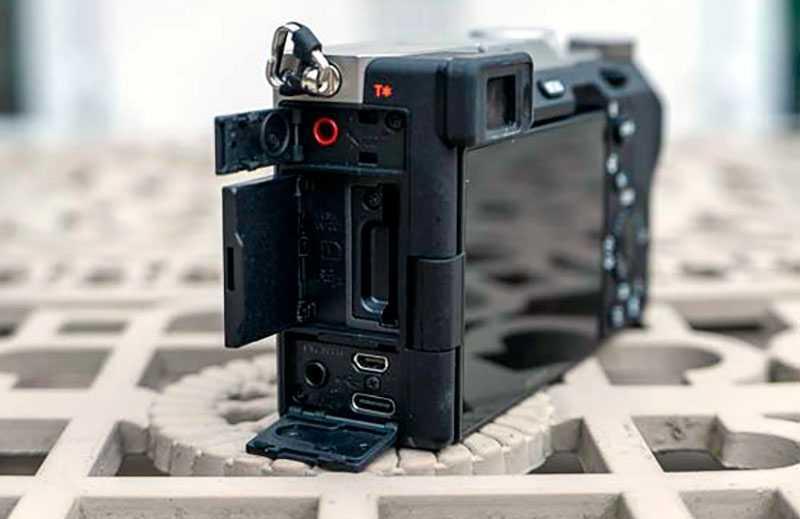 Sony a7C разъёмы