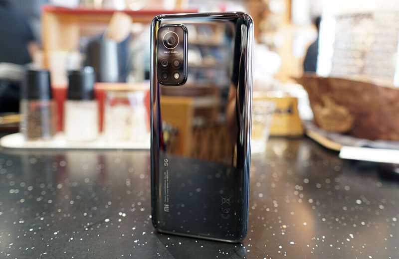 Xiaomi Mi 10T Pro дизайн