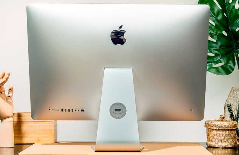 Apple iMac 27 5K (2020) сзади