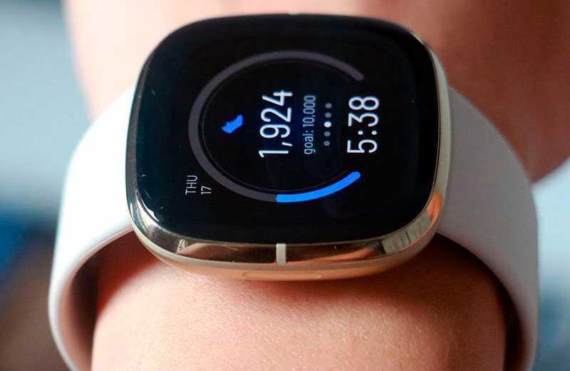 Fitbit Sense фитнес-функции