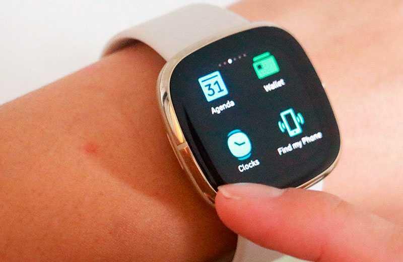 Fitbit Sense умные часы