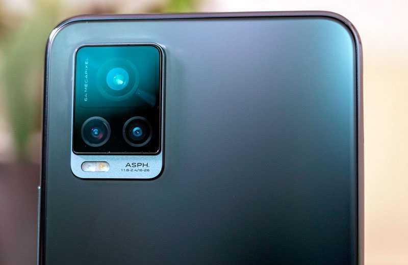 Камера Vivo V20