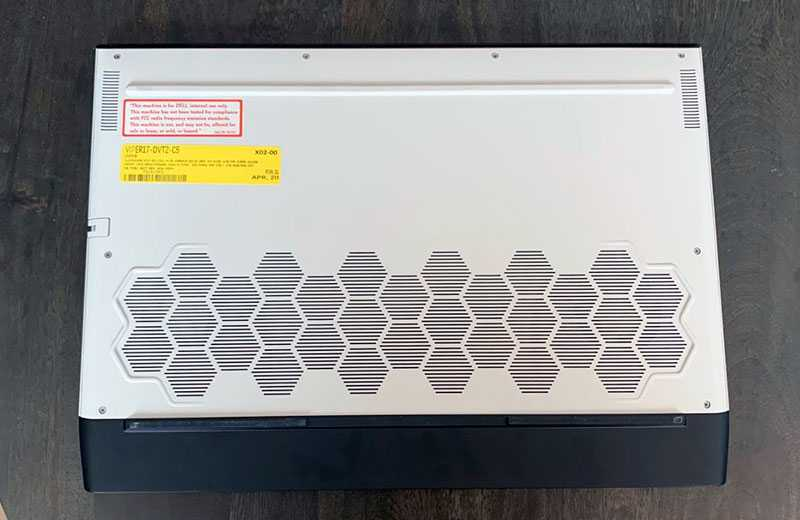 Alienware m17 R3 охлаждение
