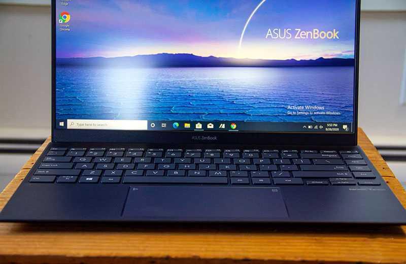 ZenBook 14 UX425JA дисплей