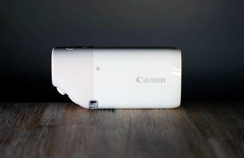 Камера Canon PowerShot Zoom