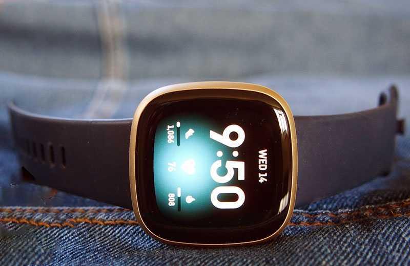 Обзор Fitbit Versa 3