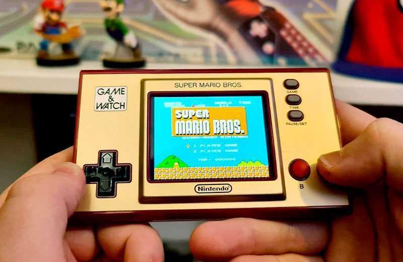 Обзор Nintendo Game & Watch: Super Mario Bros
