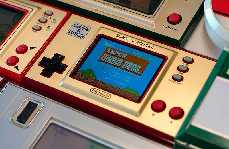 Тест Nintendo Game & Watch: Super Mario Bros