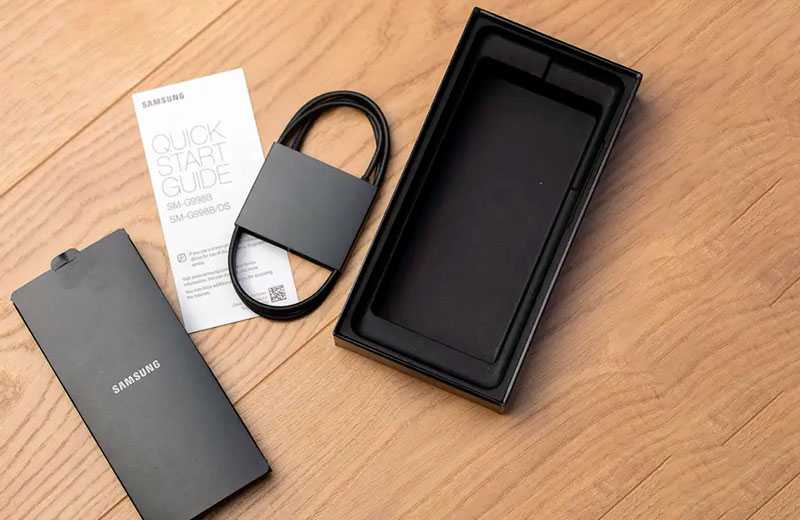 Samsung Galaxy S21 Ultra 5G из коробки